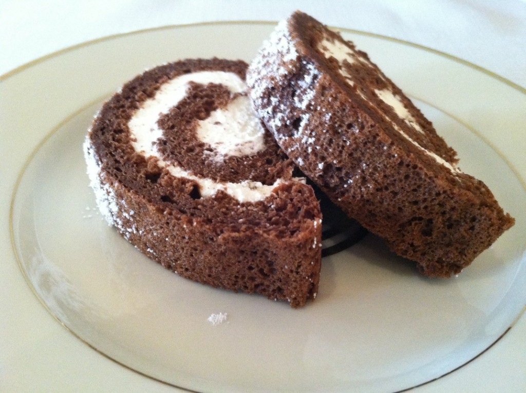 Heavenly Chocolate Cake Roll Recipe