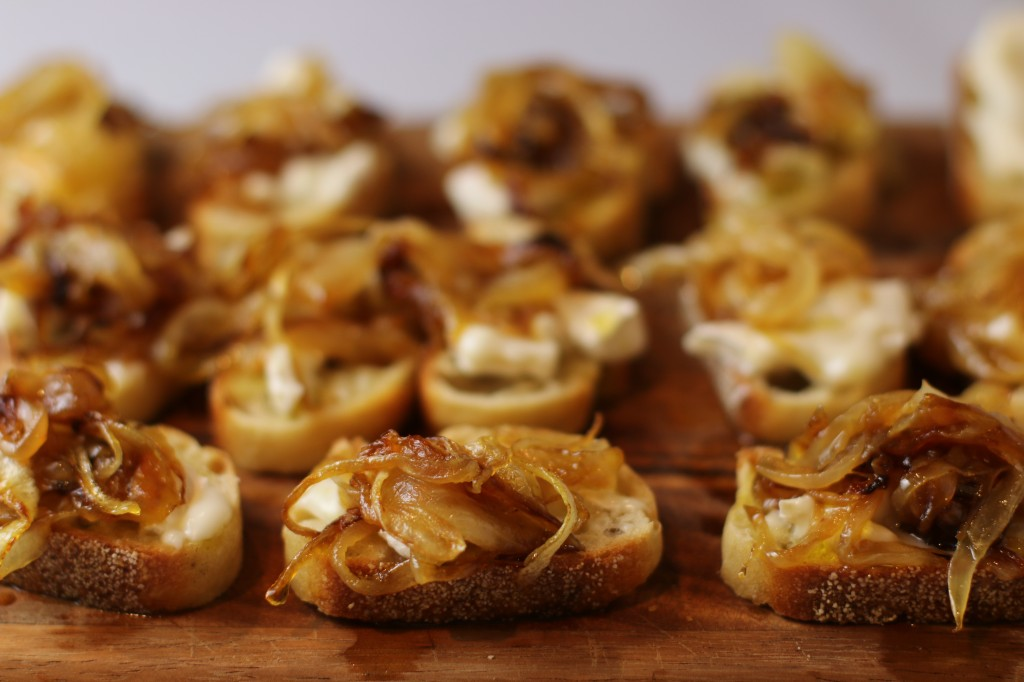 Caramelized Onion Crostini Recipe